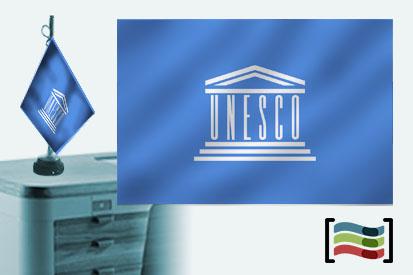 Bandera de Unesco sobremesa bordada