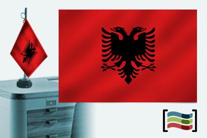 Bandera de Albania sobremesa bordada
