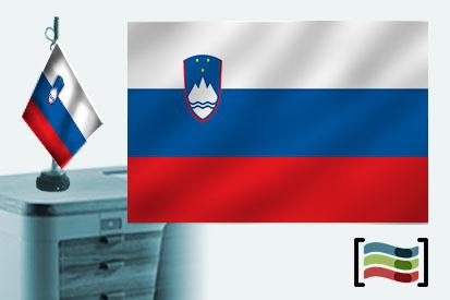 Bandera de Eslovenia sobremesa bordada