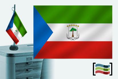 Bandera de Guinea Ecuatorial sobremesa bordada