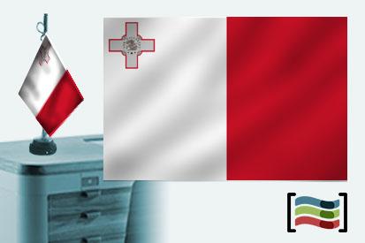 Bandera Malta sobremesa bordada